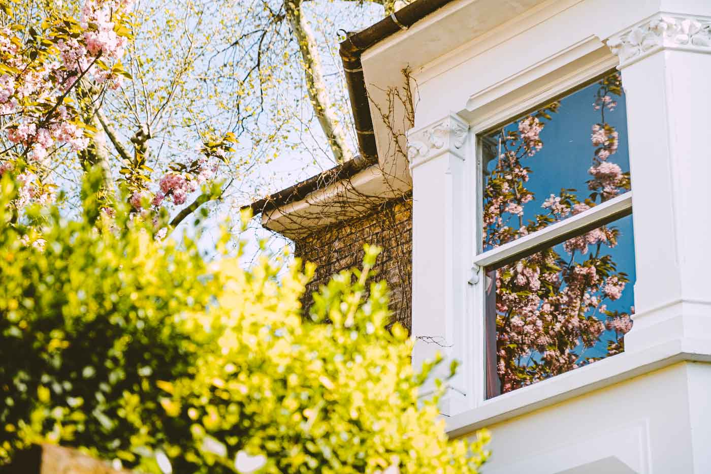 London homes in spring by Arianna Soldano